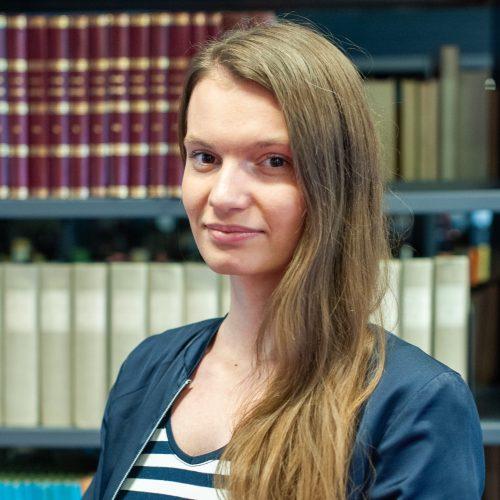 Mgr. Nikola Marhefková